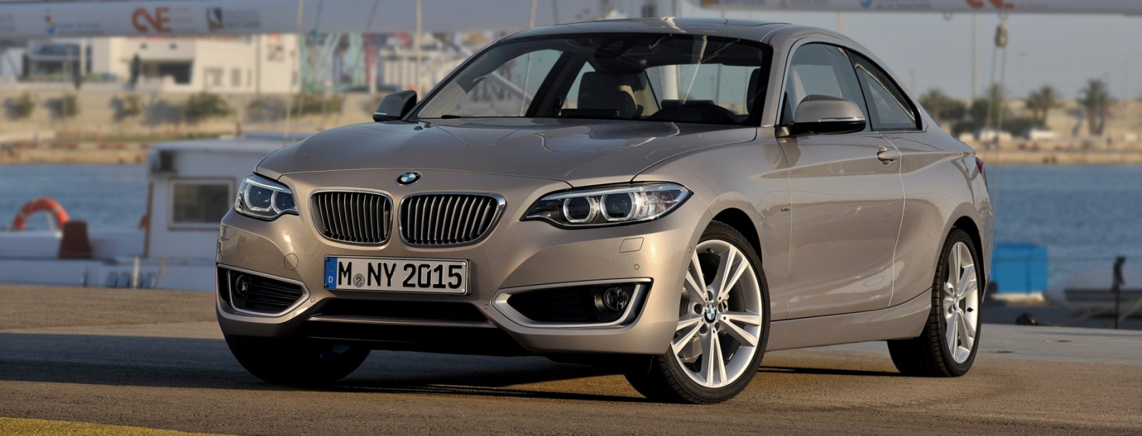2014 BMW 228i and M235i 55