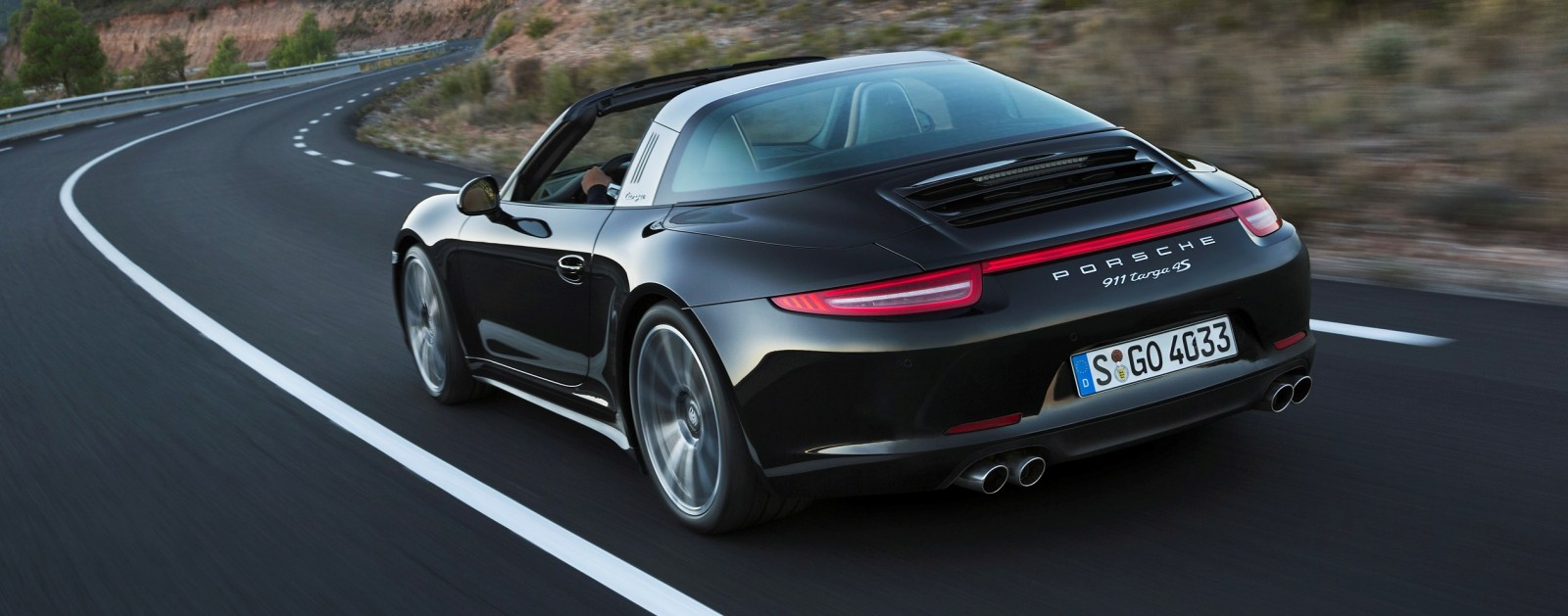 2014 Porsche 911 Targa4 and Targa4S - Roof Animations of 400HP Surf 'n Turf Supercar 6
