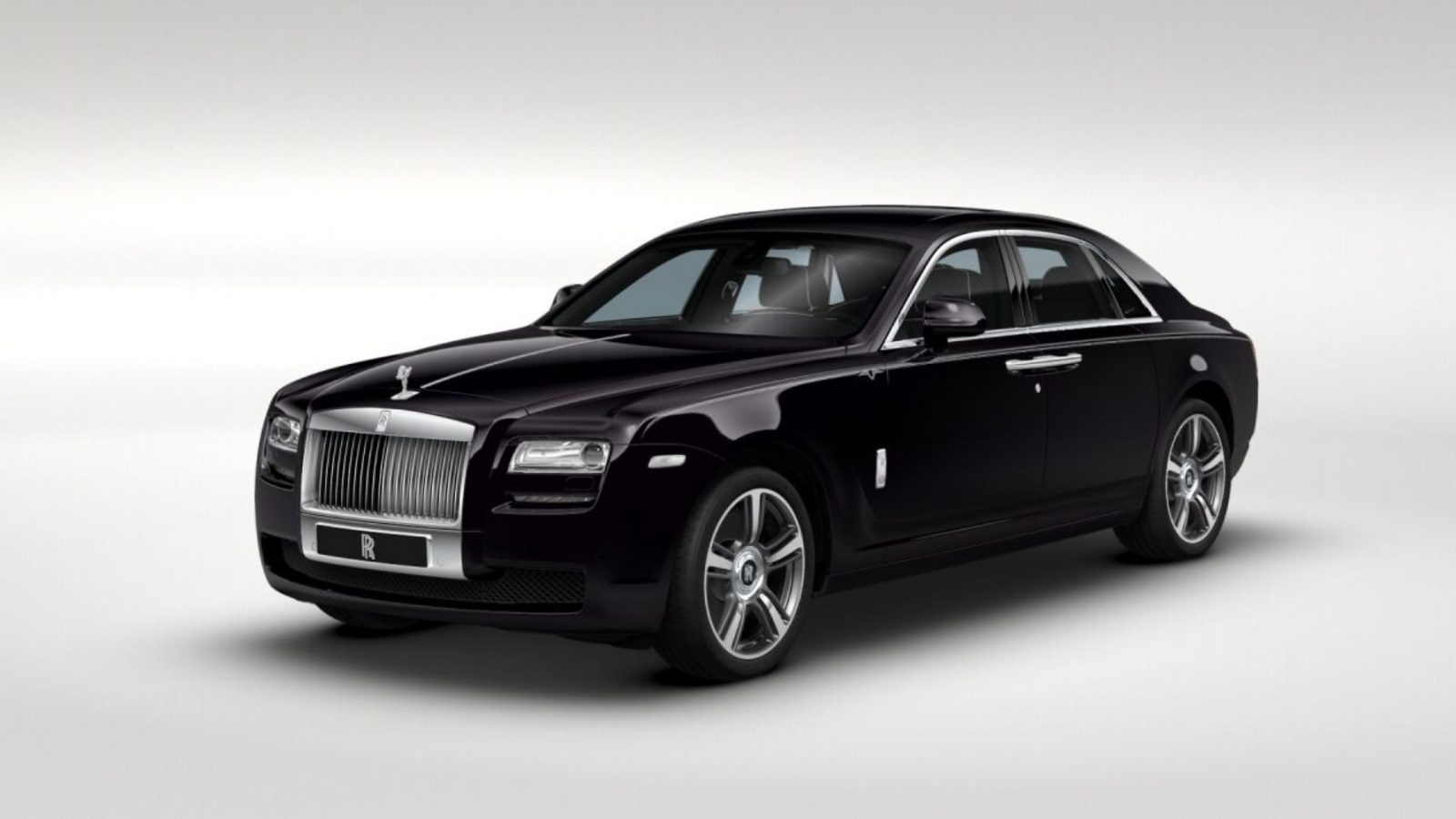 2014 rolls royce ghost v spec adds power dark glamour to swb and lwb 4 doors car revs. Black Bedroom Furniture Sets. Home Design Ideas
