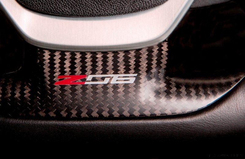 2015 Chevrolet Corvette Z06 flat-bottomed steering wheel