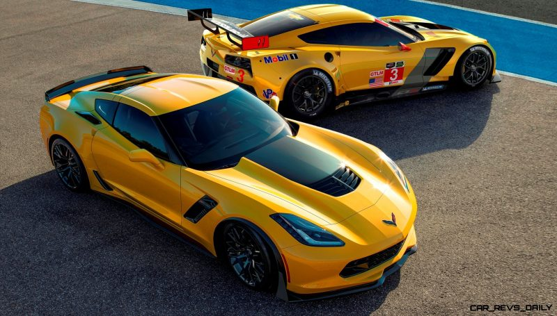 (L to R) The all-new 2015 Corvette Z06 and 2014 Corvette C7