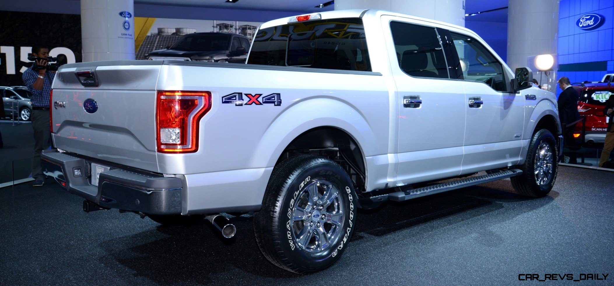 2015 FORD F-150 Almost Unbelieveably New - $14B Golden Goose 18