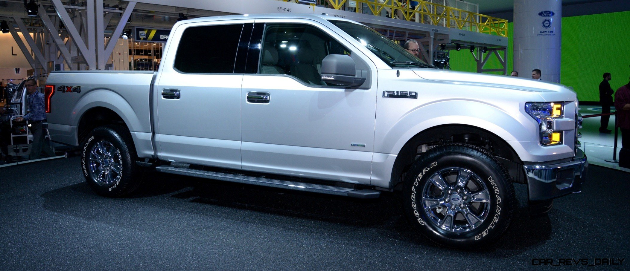 2015 FORD F-150 Almost Unbelieveably New - $14B Golden Goose 20