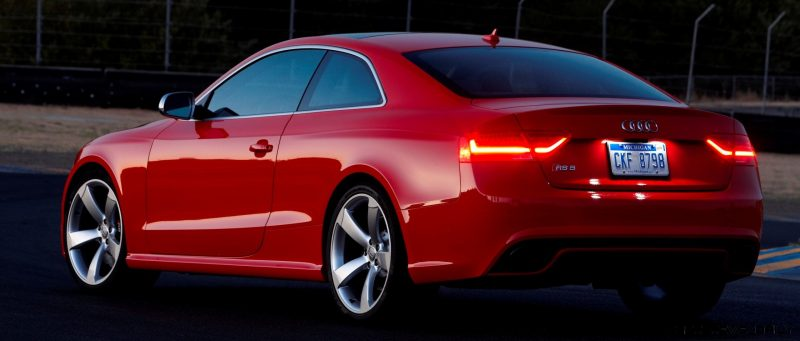 Audi RS5 Coupe Track Photos 14