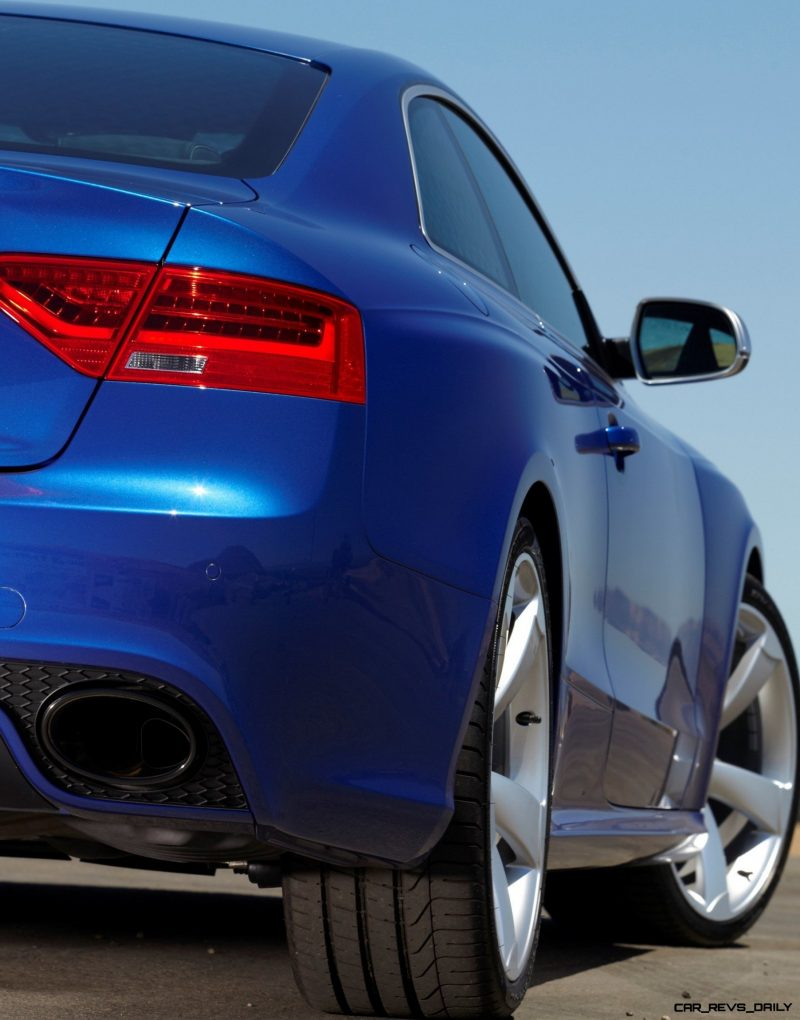 Audi RS5 Coupe Track Photos 7