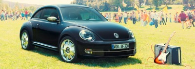2014 VW Beetle Turbo, TDI and Cabrio   Buyers Guide and Photo Galleries  BeetleFnderEditionA 400x142 photo