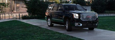 CarRevsDaily - 2015 GMC Yukon Denali - Colors - Onyx Black 48