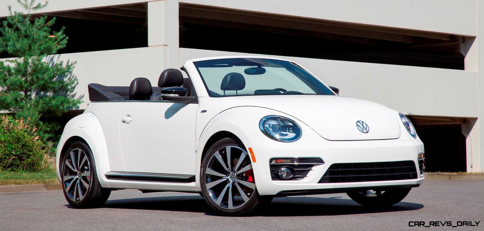CarRevsDaily.com 2014 Beetle R line Cab 5 photo