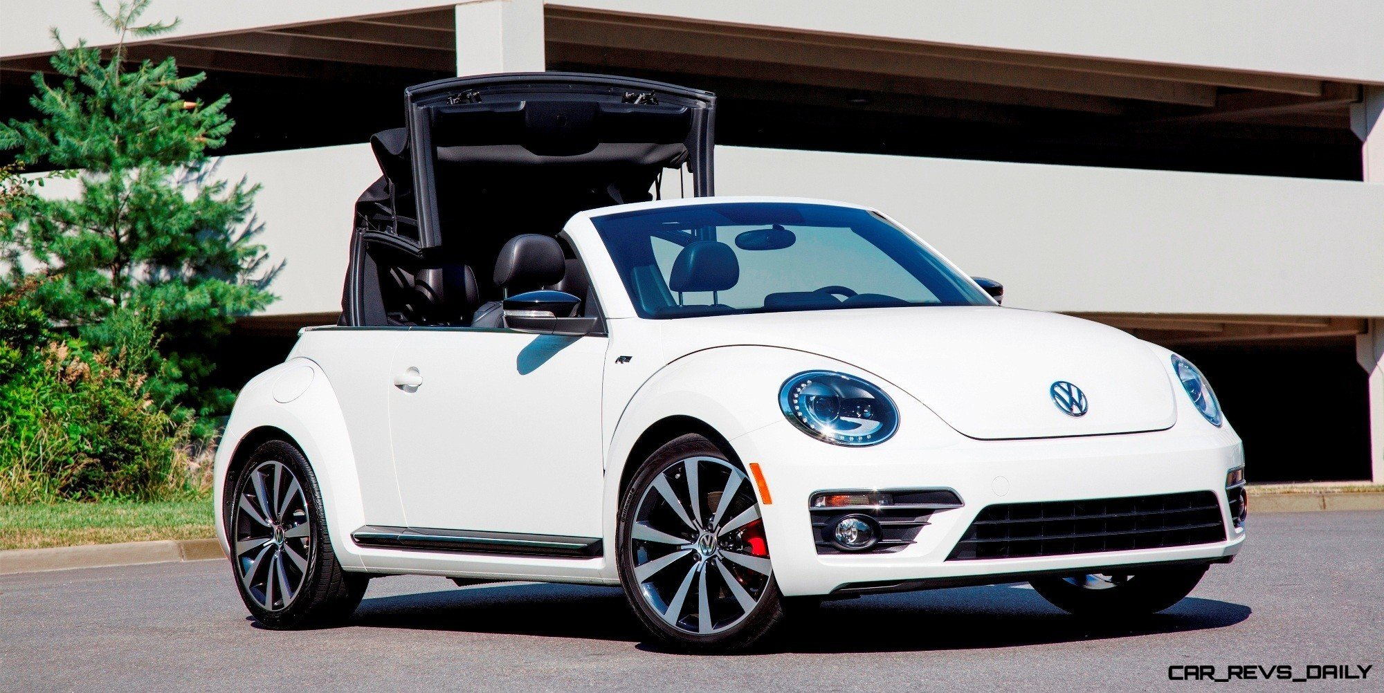 CarRevsDaily.com 2014 Beetle R line Cab 6 photo