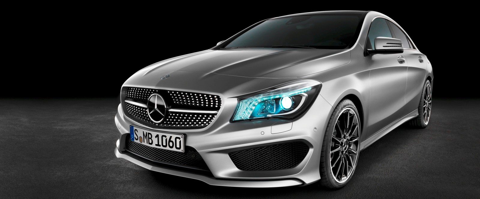 Race start video 2014 cla45 amg shows impressive launch for 2014 mercedes benz cla class cla250