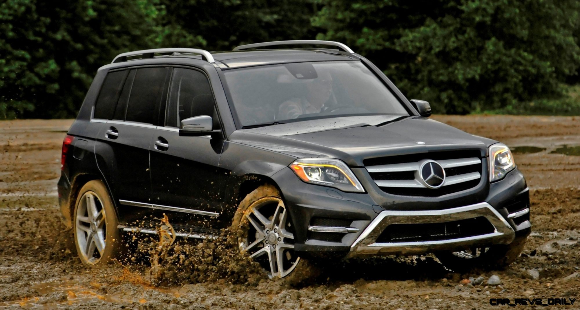 Glk250 diesel joins glk350 from 37 000 buyers guide to for Mercedes benz glk350 amg