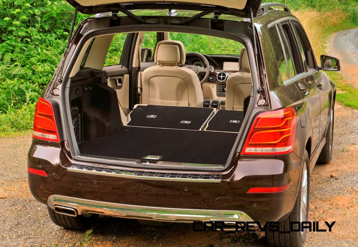 Glk250 diesel joins glk350 from 37 000 buyers guide to for Mercedes benz glx