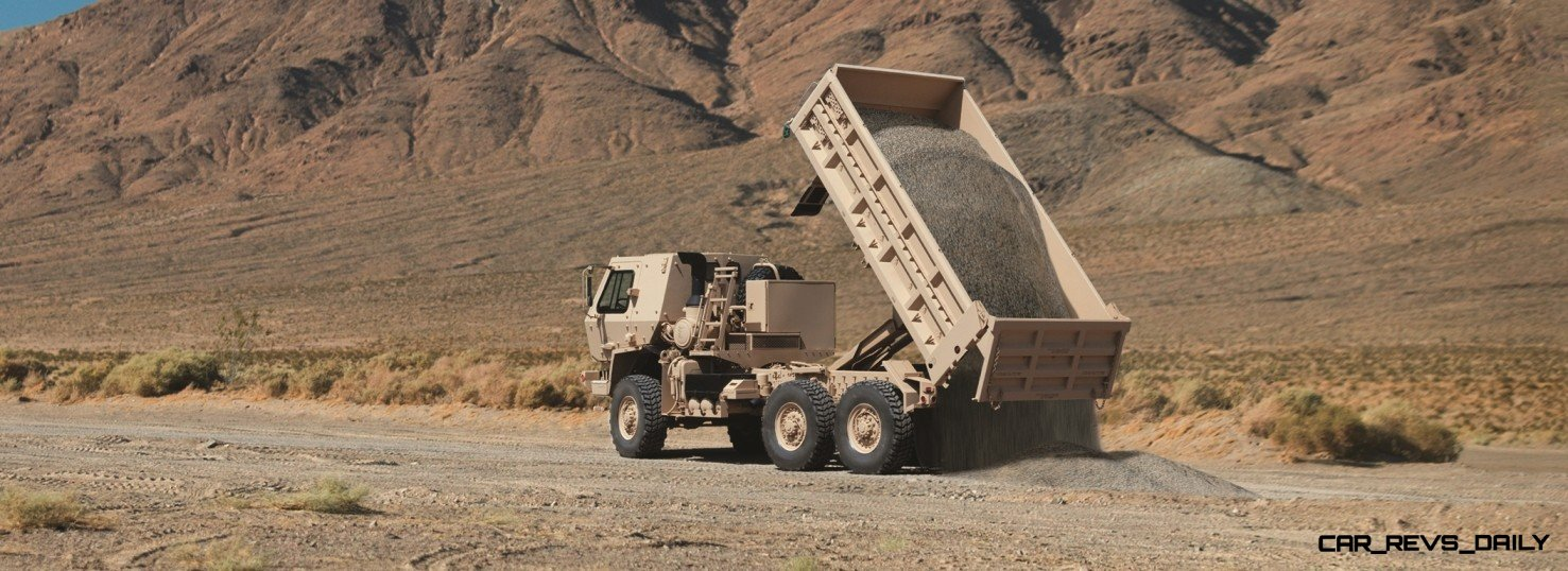 CarRevsDaily.com - Oshkosh Defense Medium and Heavy Showcase 3