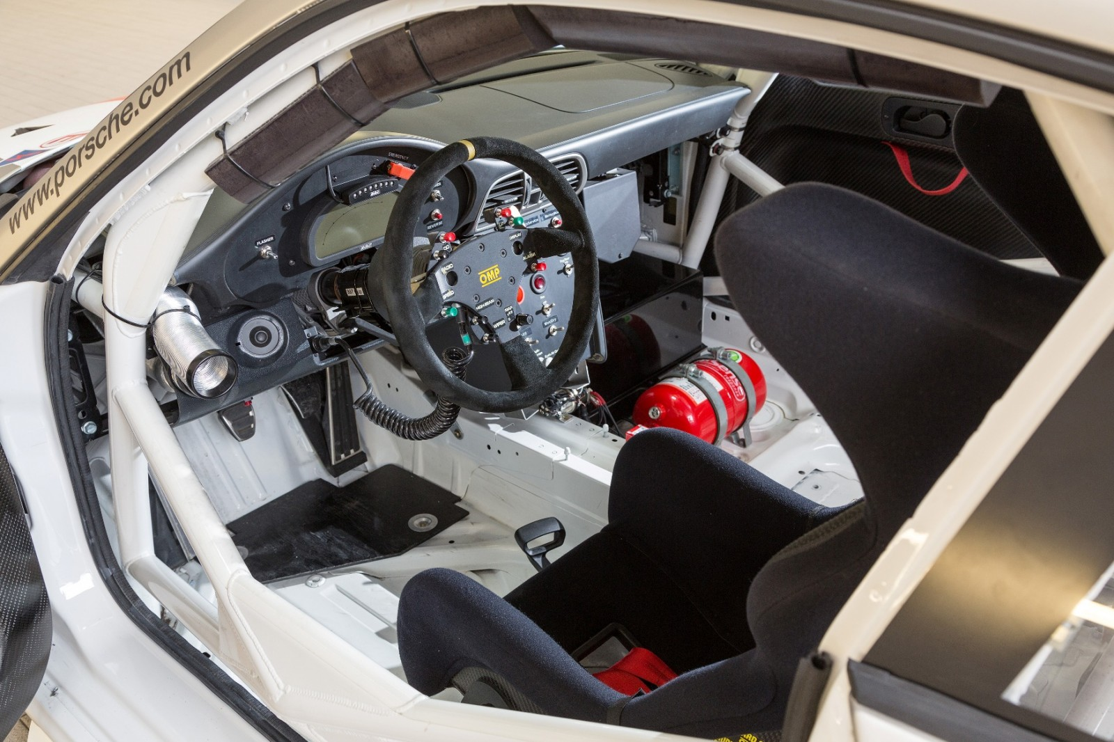 2014 porsche 911 racers compared 991 rsr vs 991 gt3 cup vs 997 gt3 r car revs. Black Bedroom Furniture Sets. Home Design Ideas