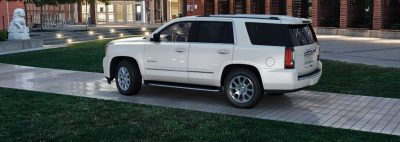Color Visualizer for the 2015 GMC Yukon Denali - Summit White 11