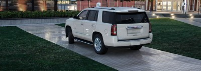 Color Visualizer for the 2015 GMC Yukon Denali - Summit White 14