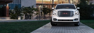 Color Visualizer for the 2015 GMC Yukon Denali - Summit White 36