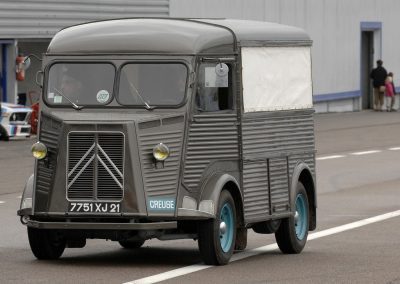 Concept Flashback - 2011 Citroen Tubik Brings Delightful Shapes of 1930's Tub Vans 7