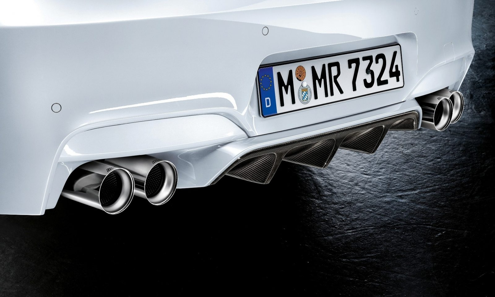 M Performance Catalog Offers Hundreds of Ways to Up the Drama and Road Presence of 335i, 535i, M3 and even the X5 and X6 82