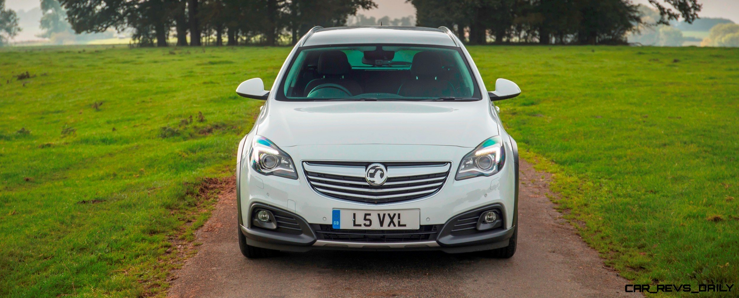 Vauxhall-Insignia-Country-Tourer-289065
