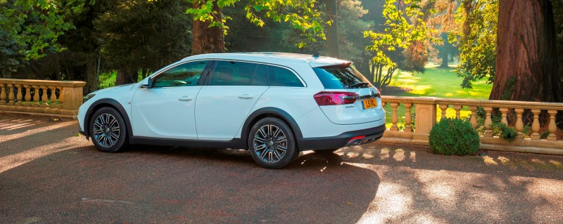 Vauxhall-Insignia-Country-Tourer-289099