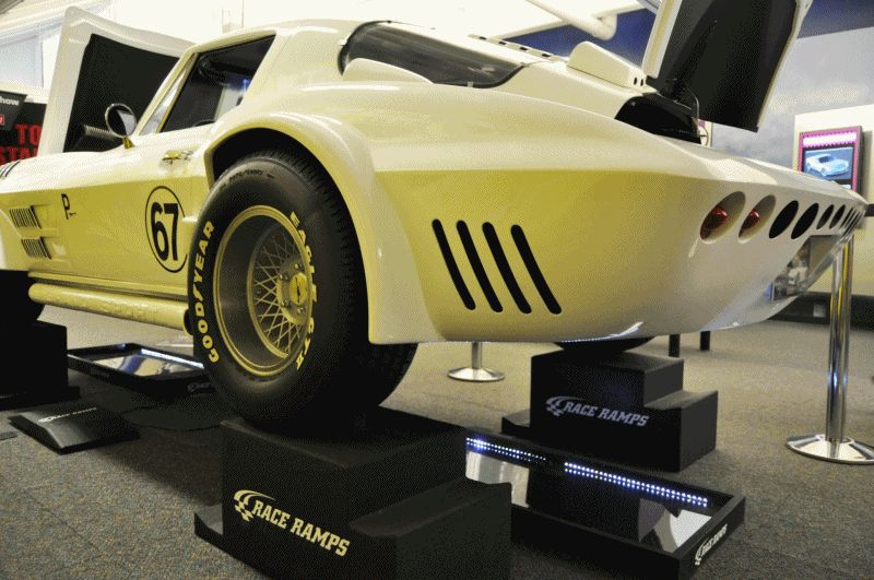 1963 Corvette GS Chaparral by Dick Coup 2 GIF