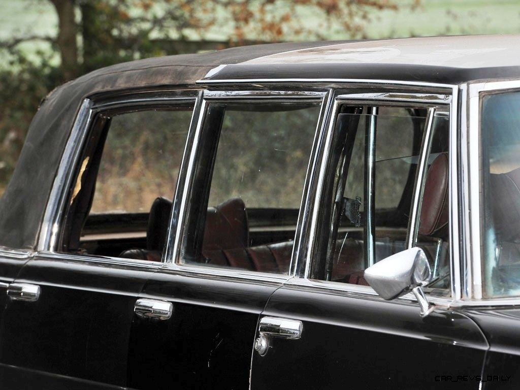 1971 Mercedes-Benz 600 Pullman Six-Door Landaulet - RM Auctions Paris 2014 - 12