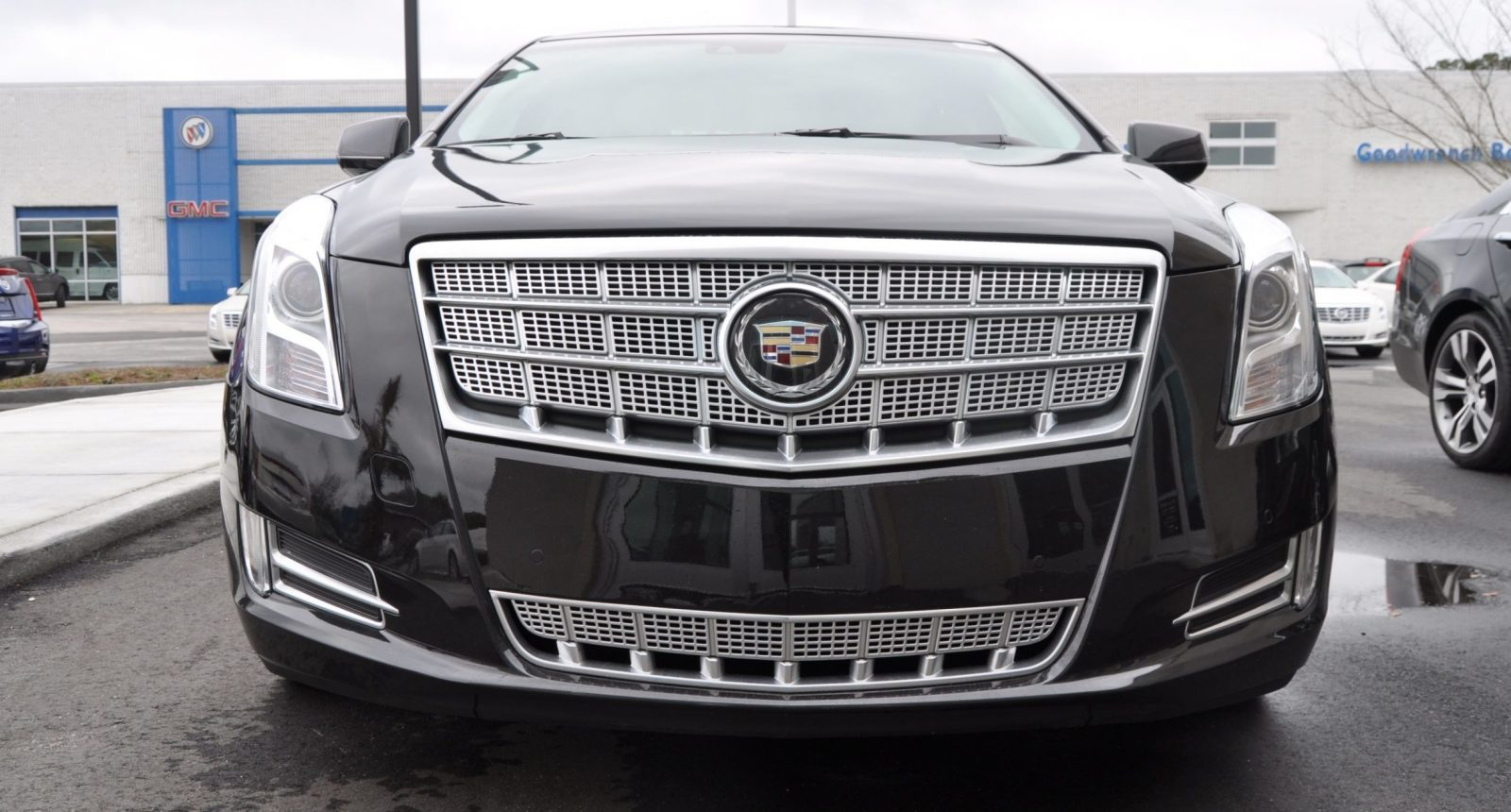 2014 Cadillac XTS4 Platinum Vsport -- First Drive Video and Photos 10