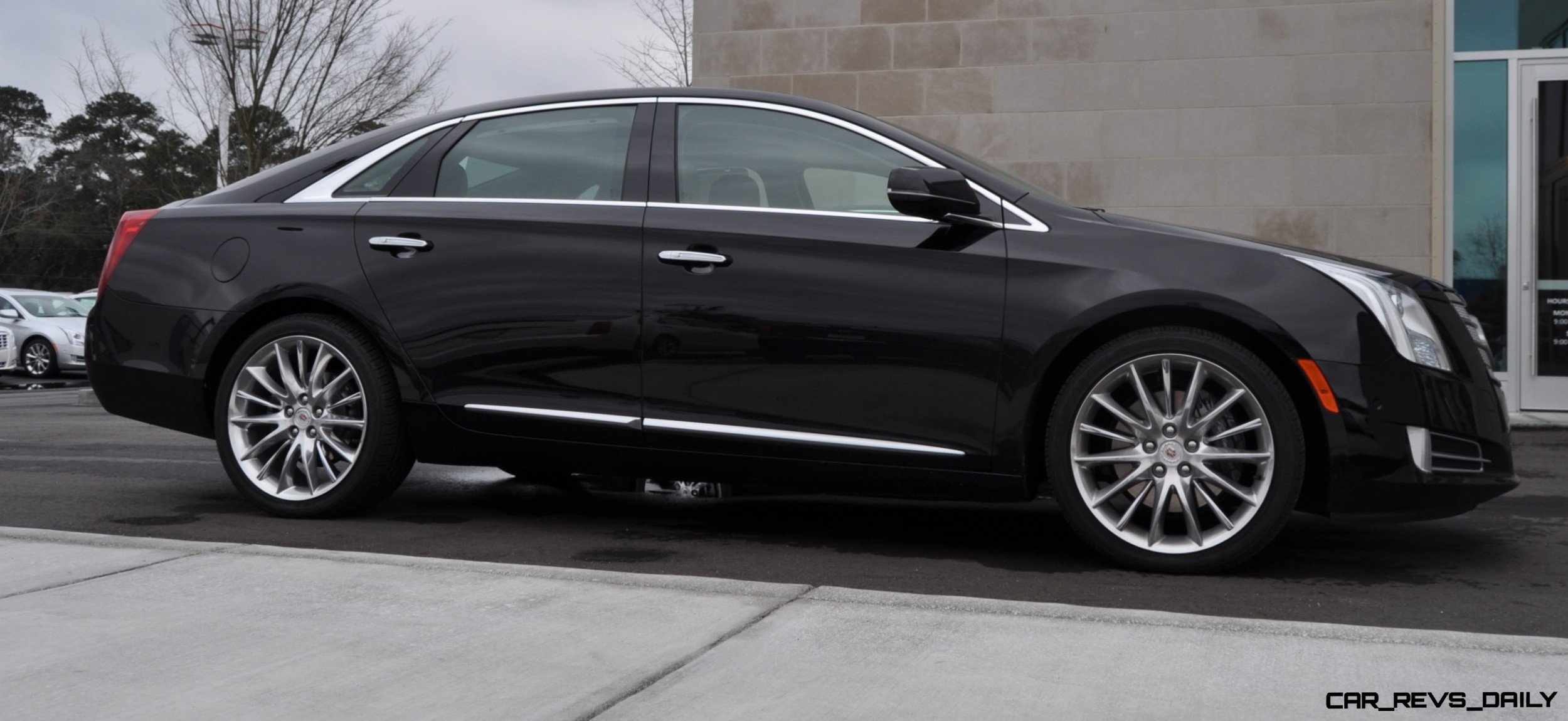 video cadillac new photos xts first platinum and drive videos vsport