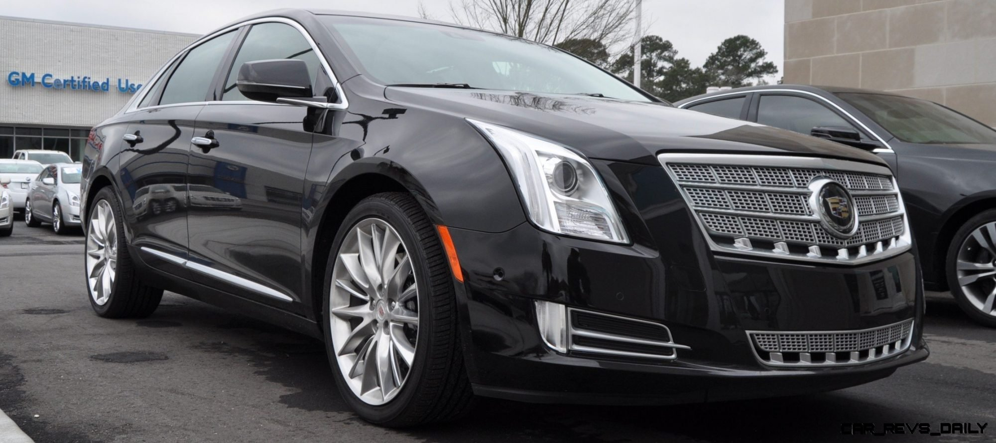 2014 cadillac xts4 platinum vsport first drive video and photos 8
