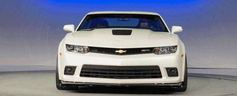 2014 Chevrolet Camaro Z28 White Feb GIF2