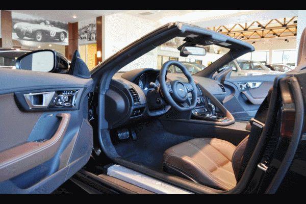 2014 Jaguar F-type S Cabrio 3 GIF