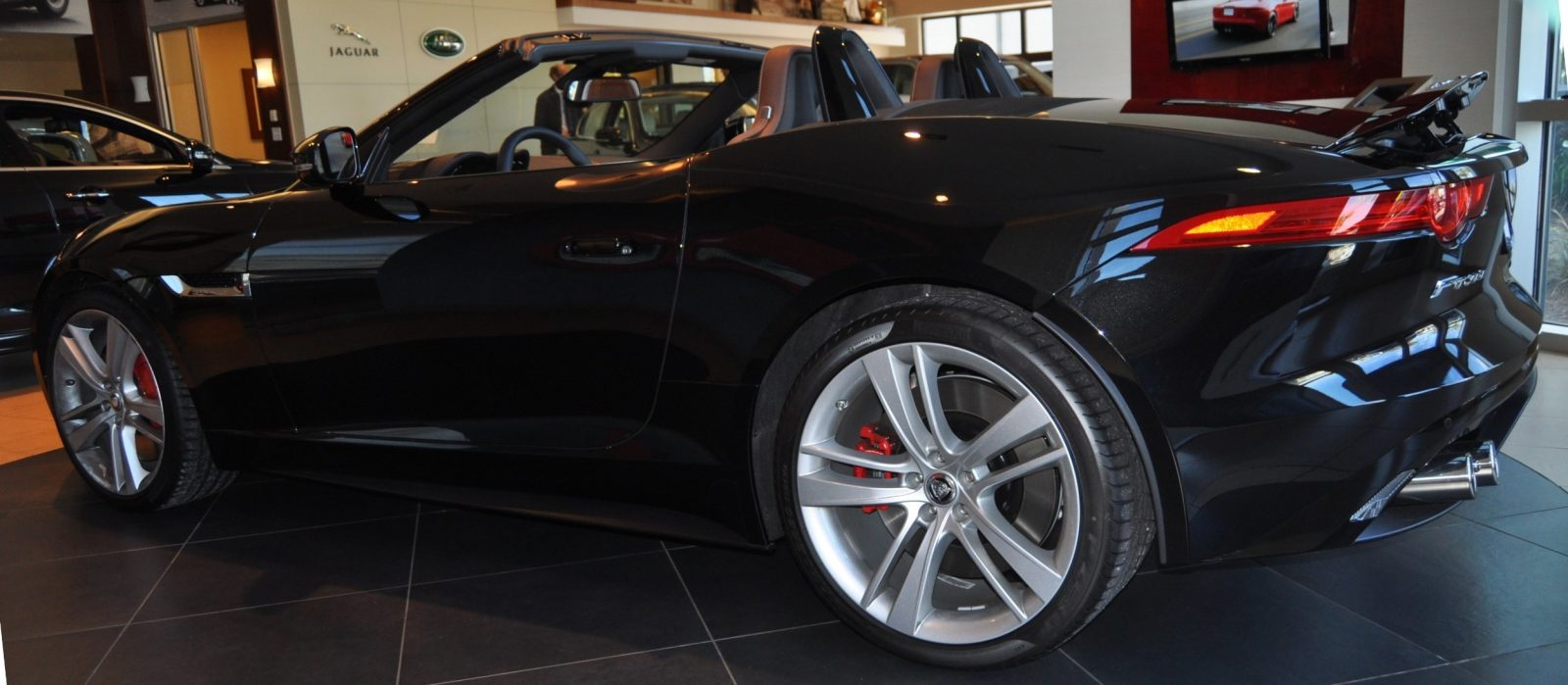 2014 Jaguar F-type S Cabrio - LED Lighting Demo and 60 High-Res Photos11