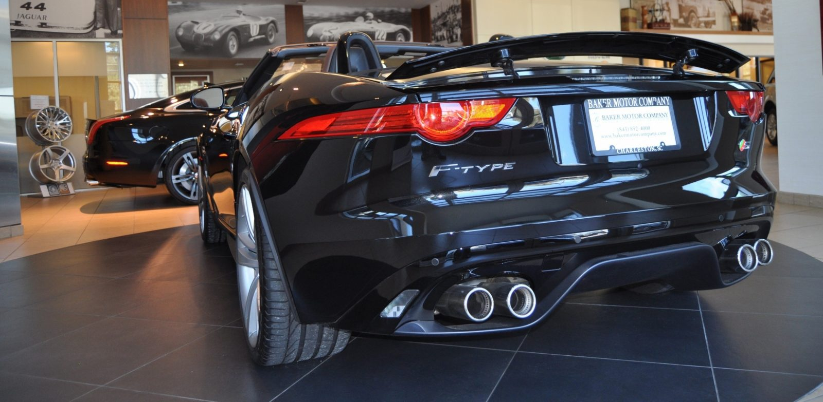 2014 Jaguar F-type S Cabrio - LED Lighting Demo and 60 High-Res Photos14