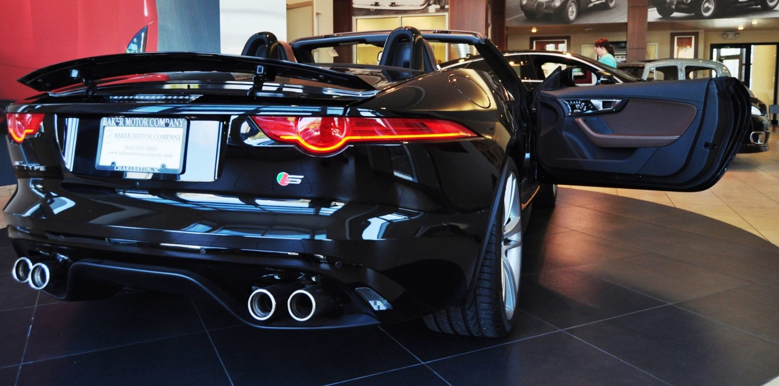 2014 Jaguar F-type S Cabrio - LED Lighting Demo and 60 High-Res Photos30