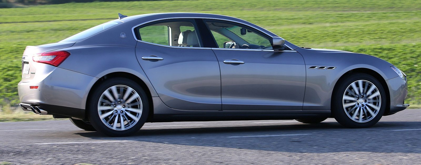 2014 Maserati Ghibli - Latest Official Photos 19
