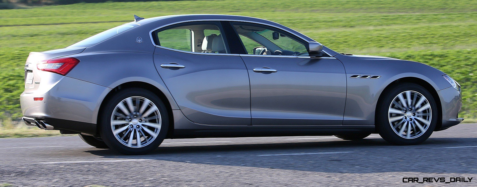 Update1 70 Real Life Photos 2014 Maserati Ghibli S Q4 Debuts All New Configurator