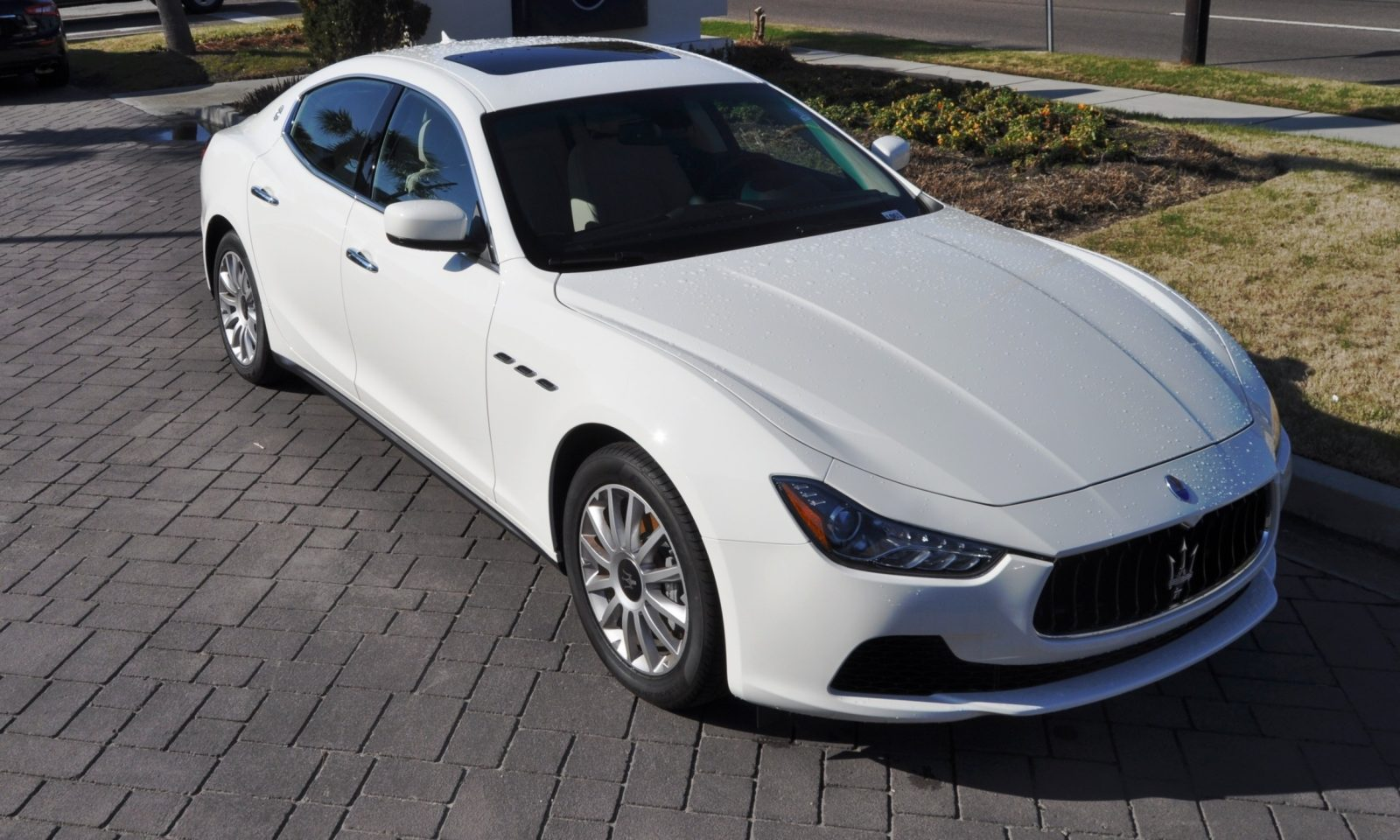 2014 Maserati Ghibli Looking, Sounding Marvelous -- 40+ All-New, High-Res Photos -- Available Now from $67k 35