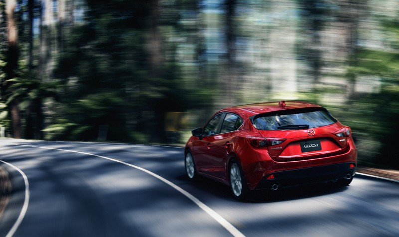 2014 Mazda3 5D NYC (26) crop