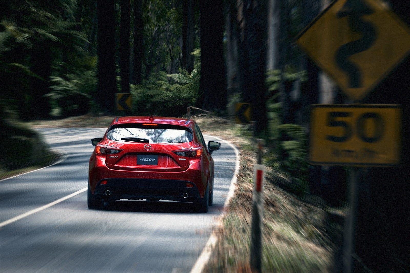 2014 Mazda3 5D NYC (27)