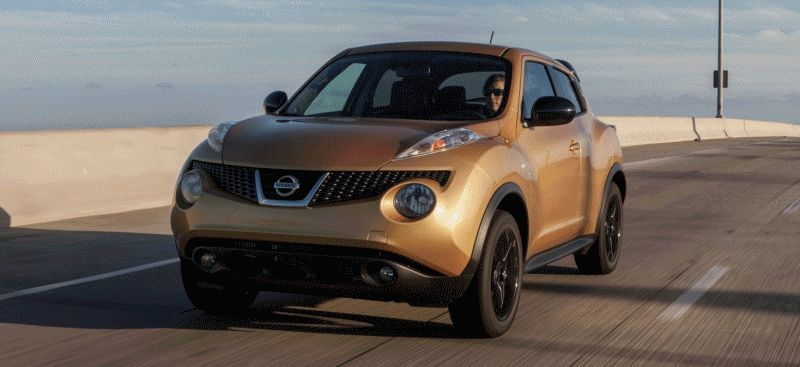 2014 Nissan JUKE S Midnight Edition from 19k with 6-sp Manual and 188HP Turbo GIF