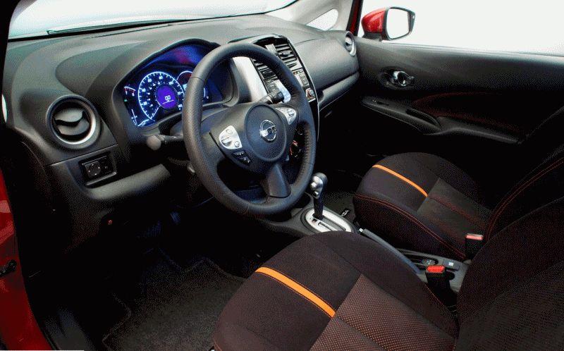 2015 Nissan Versa Note SR - Animated Interiors GIF