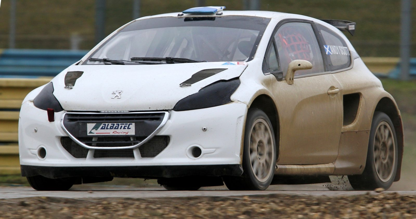 All-New FIA RallyCross Series Looks FUN! Dart, Sonic, Beetle, Fiesta, Fabia, Pug 208GTI and More On-Board 4