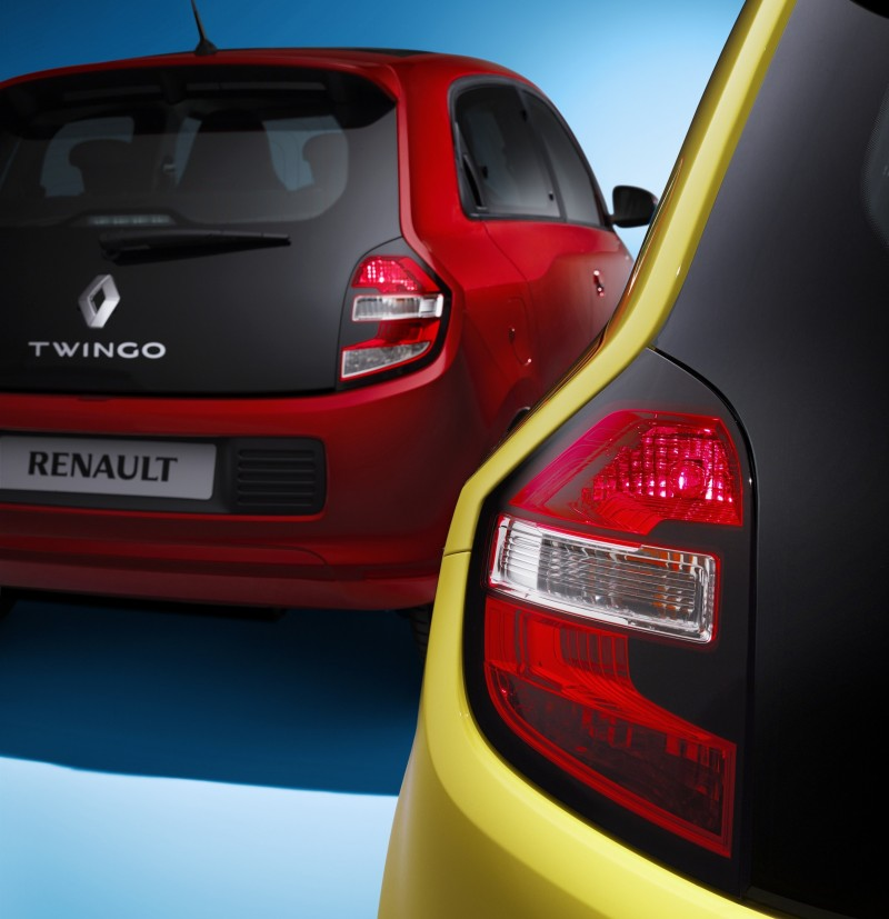 All-New Renault Twingo Packs Rear Engine, Four Doors and Cute New Style 6