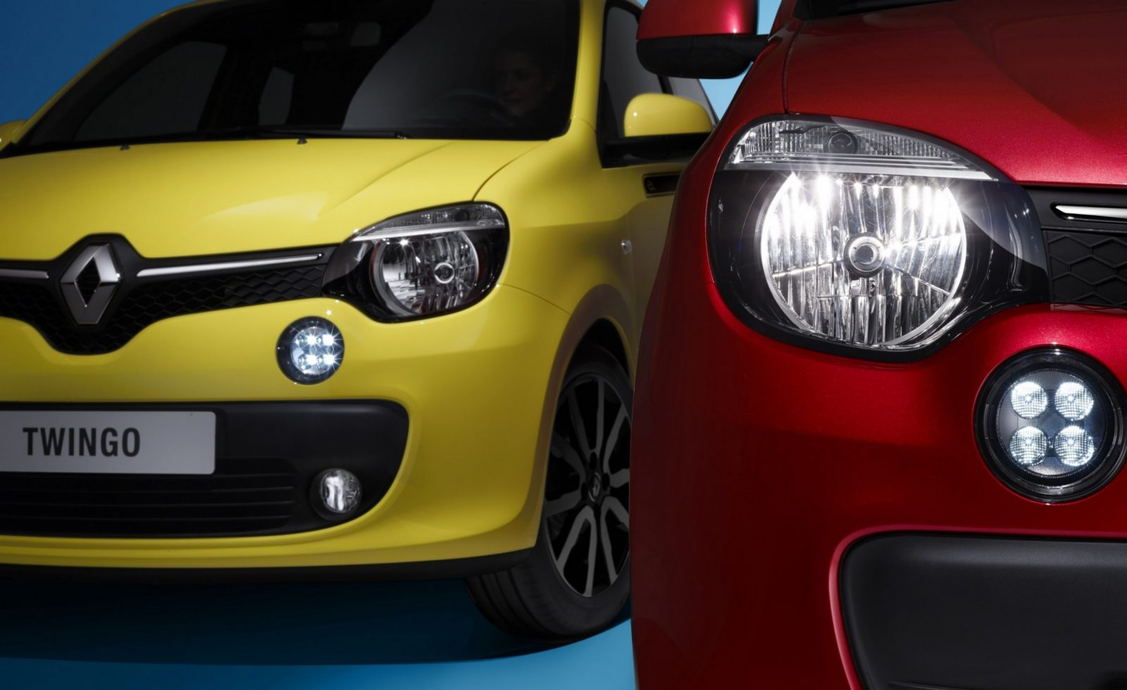 All-New Renault Twingo Packs Rear Engine, Four Doors and Cute New Style 7