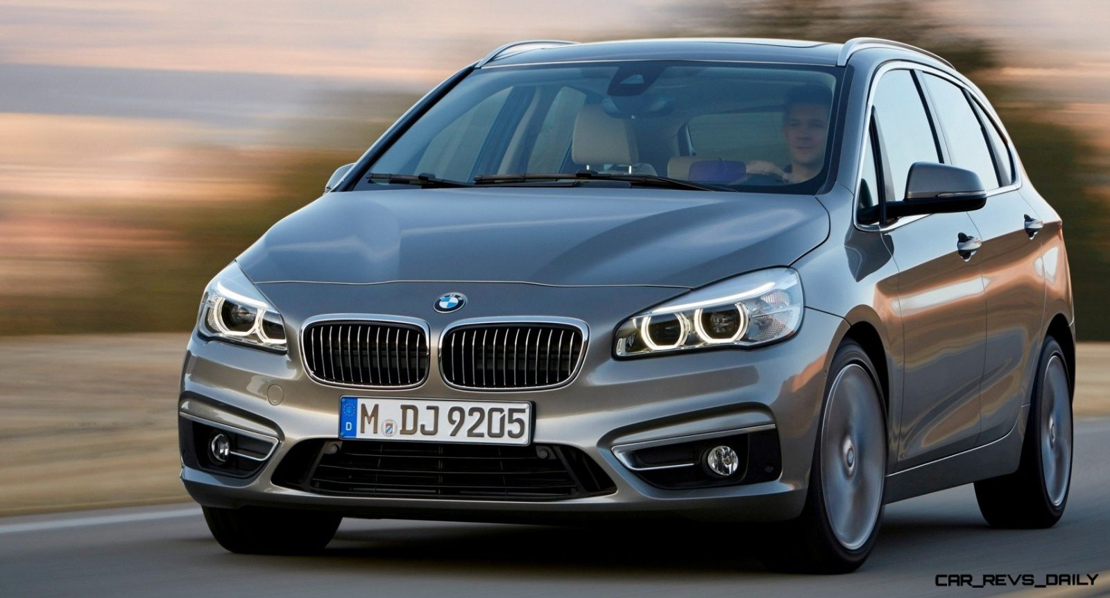 BMW_2_Series_Active_Tourer_BMW_51013