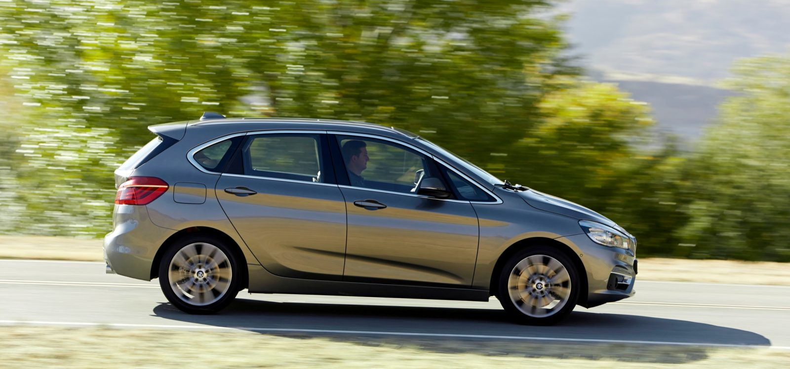 BMW_2_Series_Active_Tourer_BMW_51015