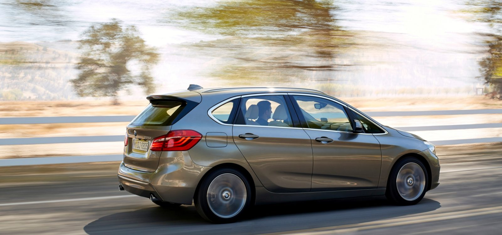 BMW_2_Series_Active_Tourer_BMW_51016