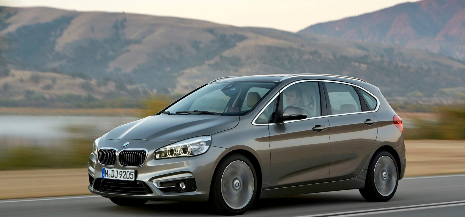 BMW_2_Series_Active_Tourer_BMW_51018