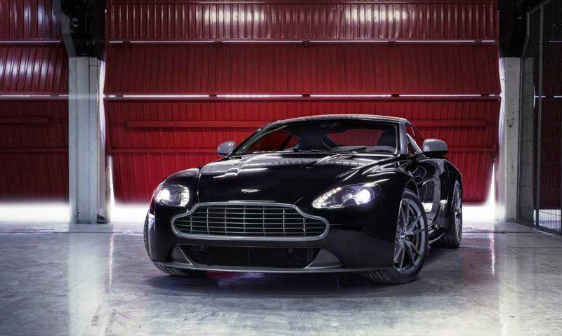 Car-Revs-Daily.com -- 2014 Aston-Martin N430 Vantage 105